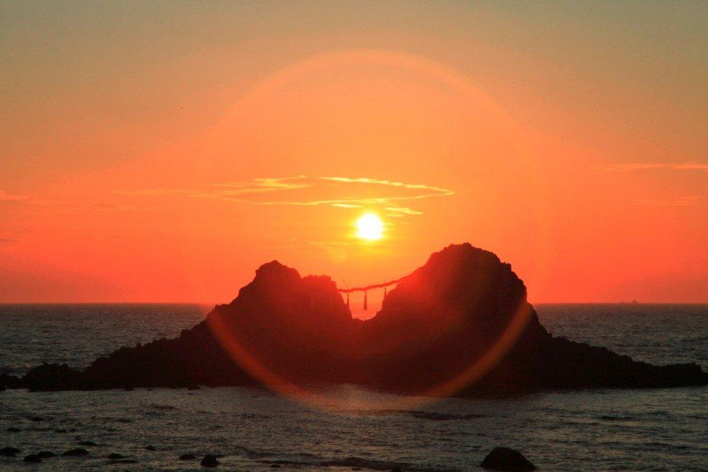 糸島絶景スポット!桜井二見ヶ浦と芥屋の大門を調査!アクセス方法も!